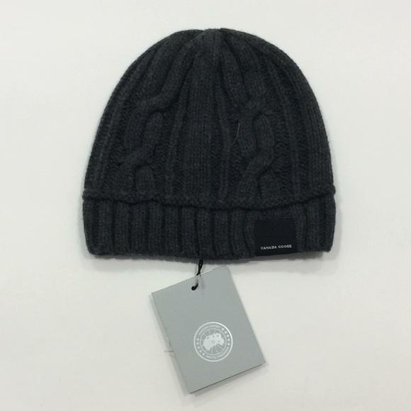 4bc48eeb4f3e8 NWT Canada Goose cable knit iron gray beanie hat